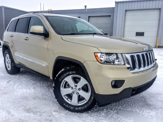 used 2011 jeep grand cherokee laredo sport utility near maple creek 8469a knight dodge. Black Bedroom Furniture Sets. Home Design Ideas